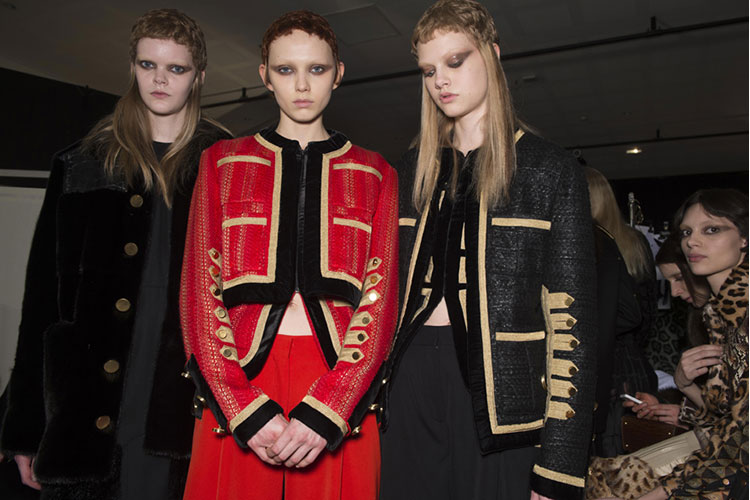 Givenchy backstage 1nov16 3