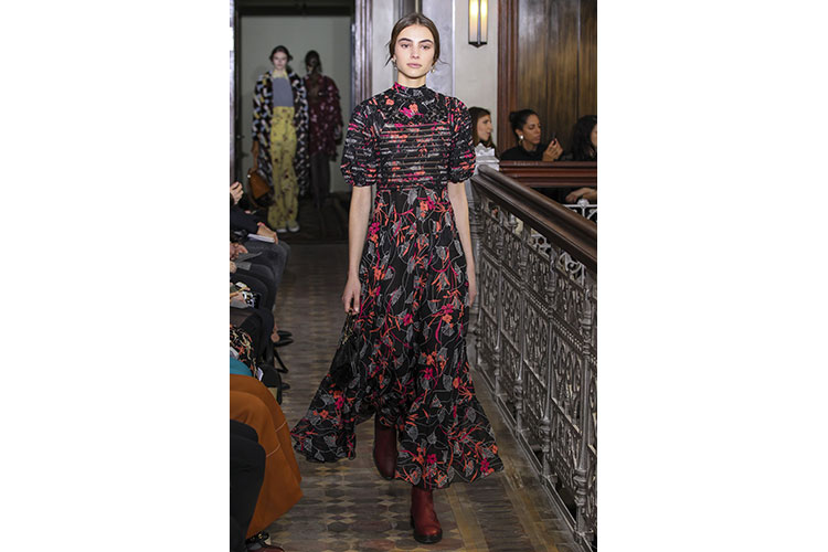 Valentino PRE FALL 2017 collection 21gen17 10