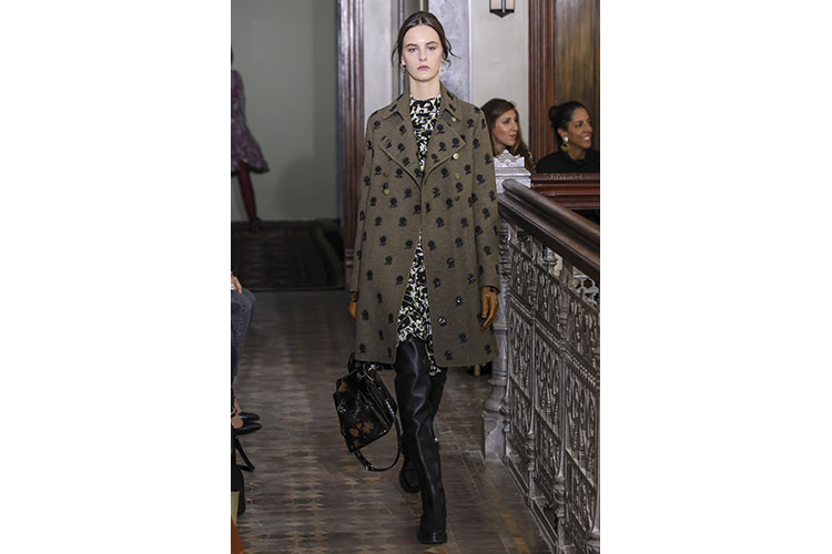Valentino PRE FALL 2017 collection 21gen17 5